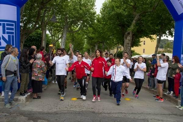 Il Torch Run per annunciare l'arrivo dei Giochi Nazionali in Umbria