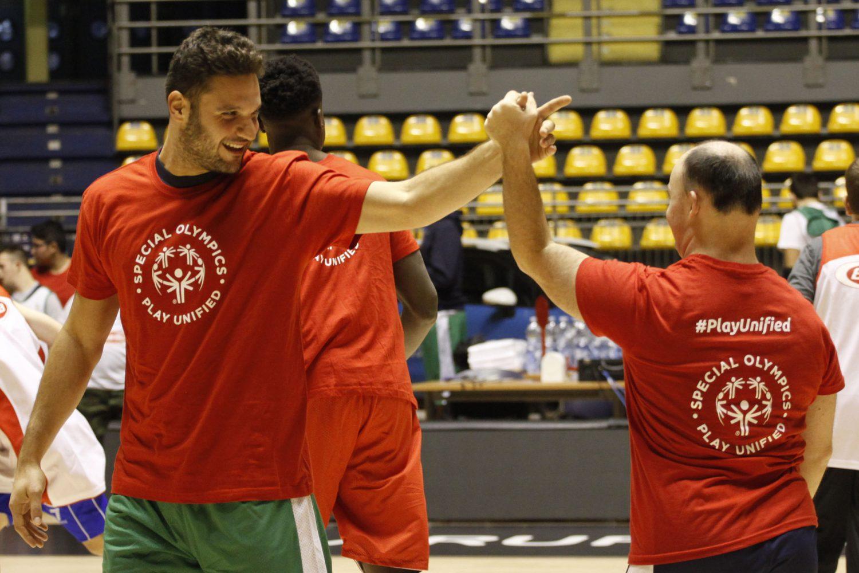 Italbasket e Special Olympics giocano insieme: esempio di inclusione