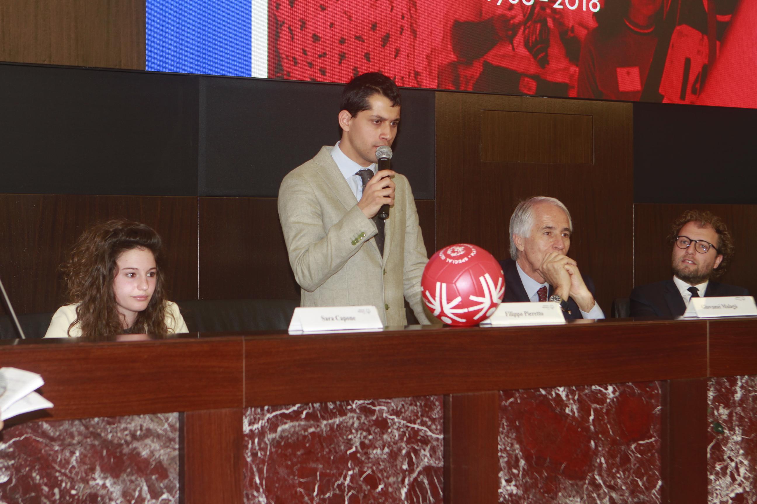 """Il Ministro per lo Sport Luca Lotti """"Special Olympics restituisce allo sport la sua dimensione del Gioco"""""""