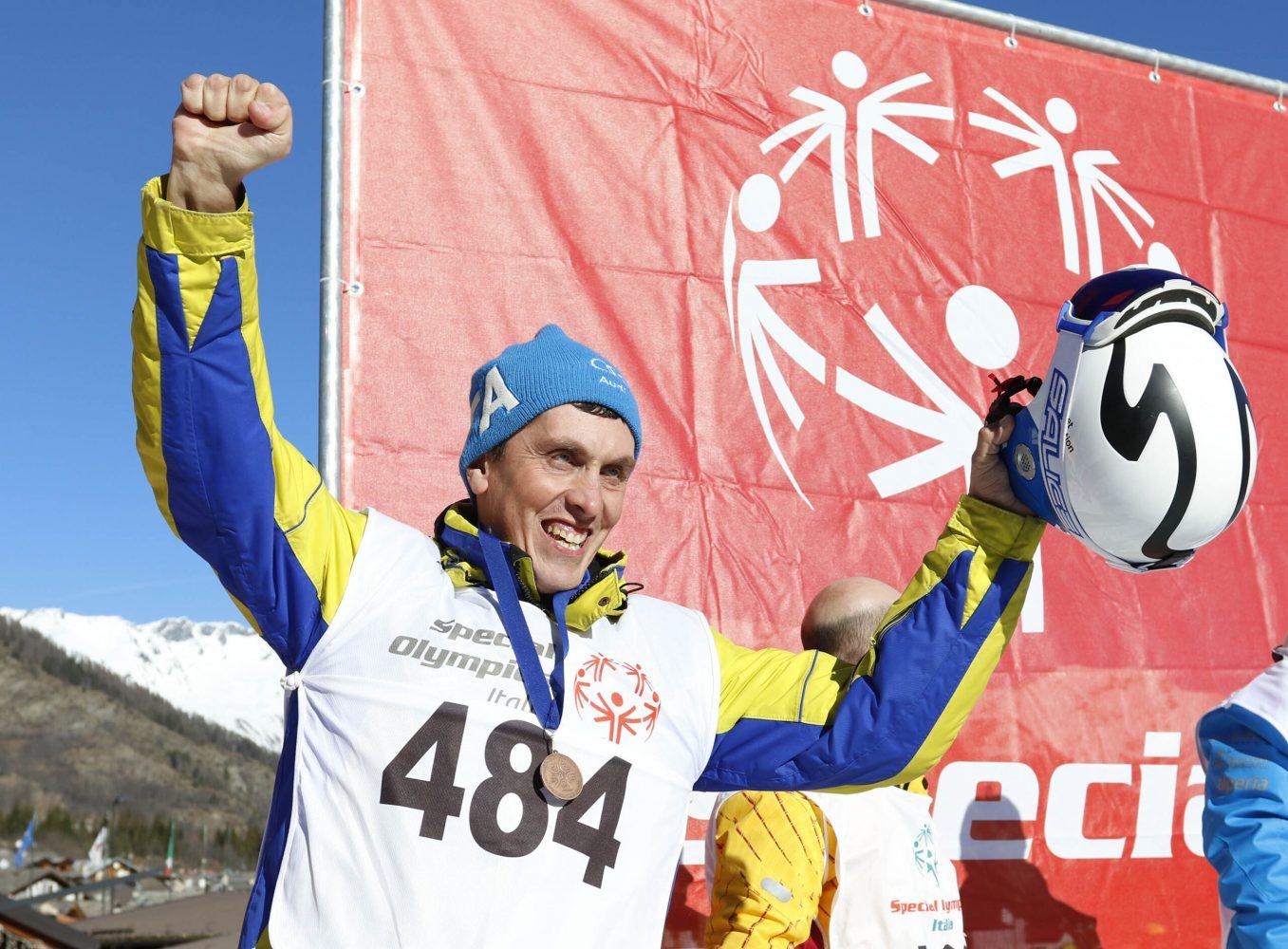 Le medaglie che premiano le storie di vita di ogni singolo atleta Special Olympics